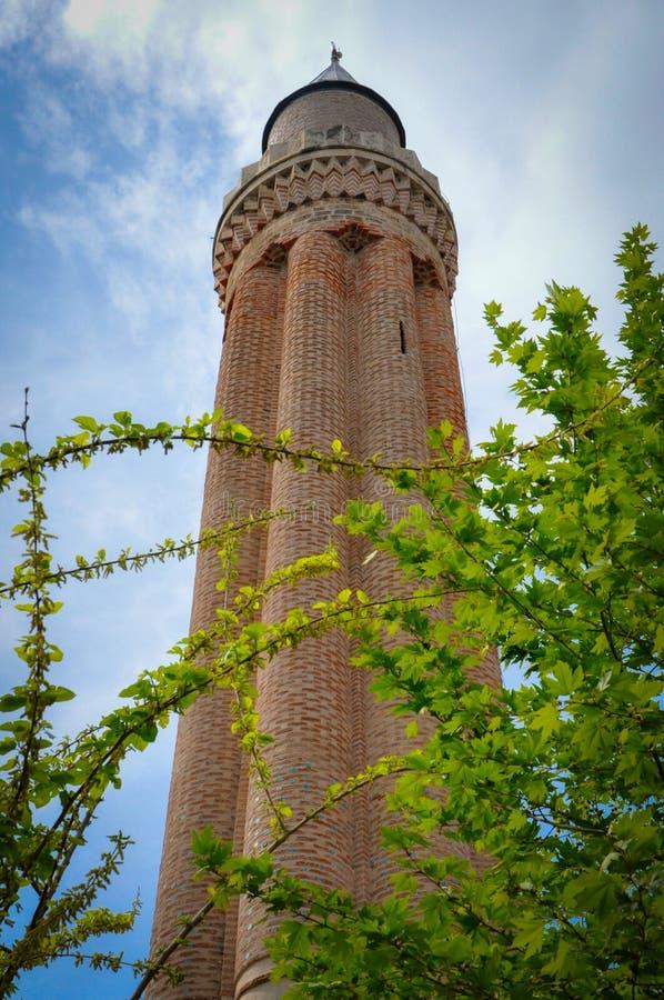 De prachtige Gecanneleerde Minaret van Yivli van de Moskee van Antalya royalty-vrije stock foto's