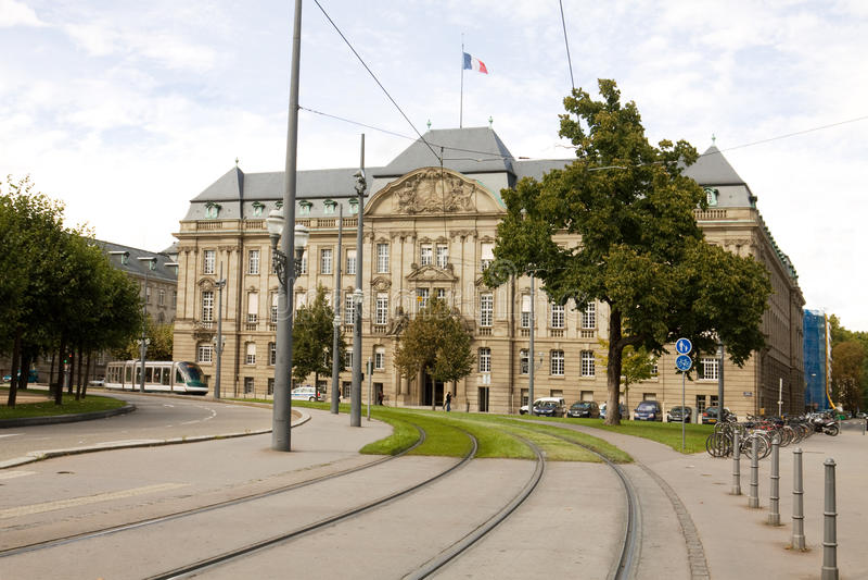 De prefectuur in Straatsburg stock afbeeldingen