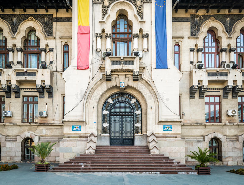 De Prefectuur van de Doljprovincie in Craiova, Roemenië stock fotografie