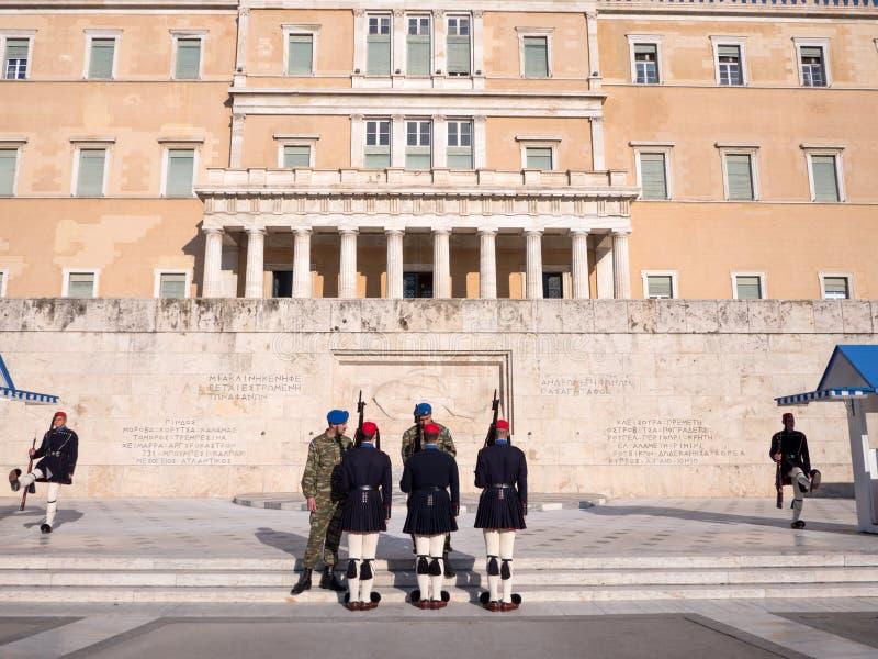 De presidents- vakterna i Aten royaltyfri foto