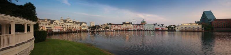 De Promenade van Disney bij Baaimeer dichtbij Epcot-Toevluchtboulevard stock foto