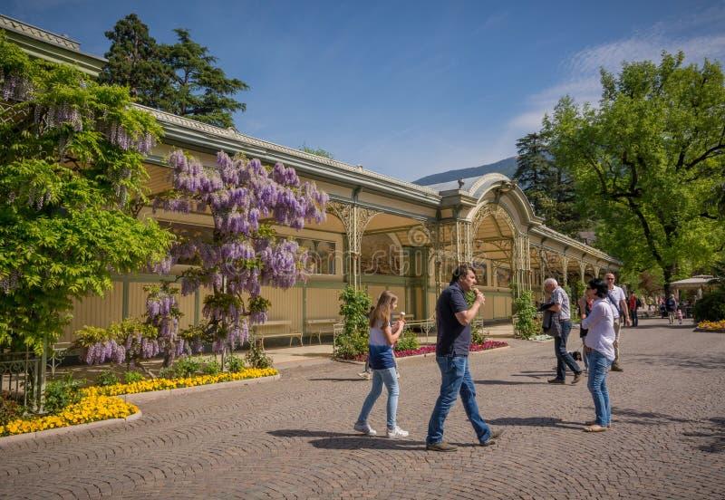 De promenades van Merano, Zuid-Tirol, Italië stock foto's