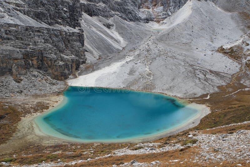 De Provincie van China Sichuan, Muli aan Yading-Wandeling stock afbeeldingen