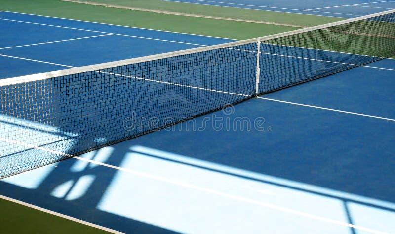 De punten van de tennisbaan net stock fotografie
