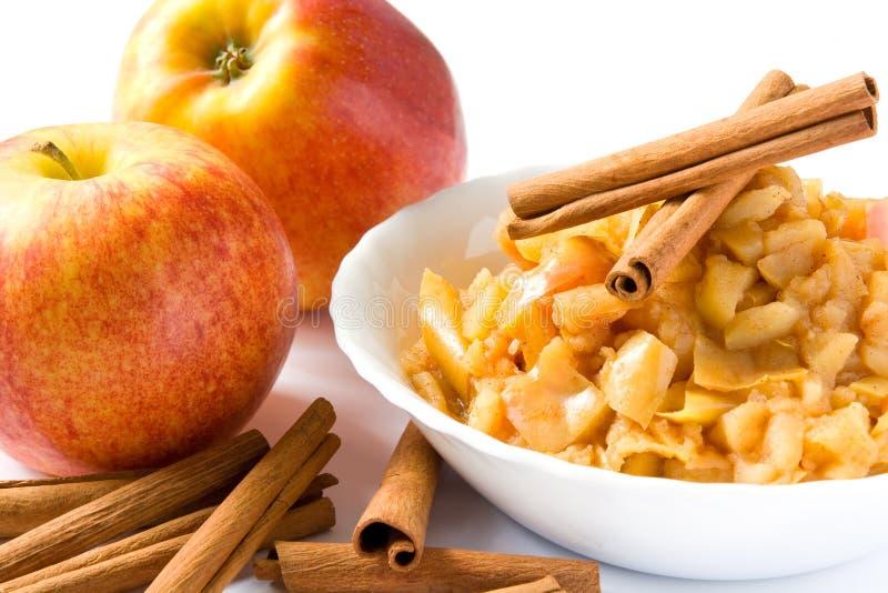 Download De puree van de appel stock afbeelding. Afbeelding bestaande uit appel - 10775977