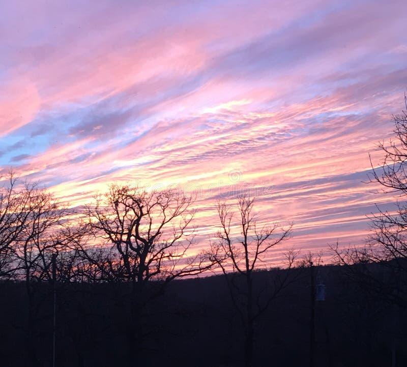 De purpere zonsondergang van Nice royalty-vrije stock afbeeldingen
