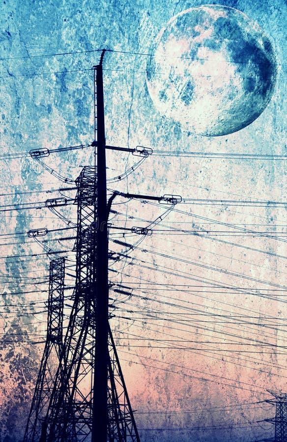 De pyloon van de elektriciteit op blauwe hemel stock fotografie
