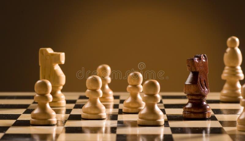 De raad van het schaak en stukken royalty-vrije stock fotografie