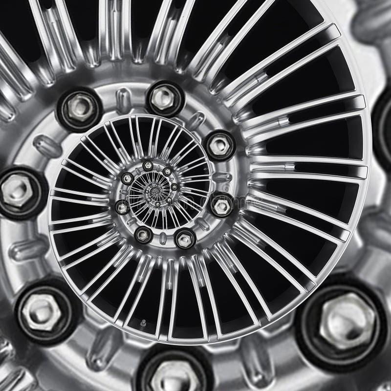 De rand spiraalvormige abstracte metaalfractal van het auto automobiele wiel achtergrond Zilveren hexuitdraainoten, wiel spokes s stock foto