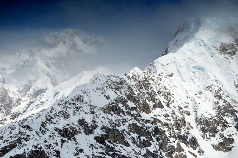 De rand van de McKinleyberg stock afbeeldingen