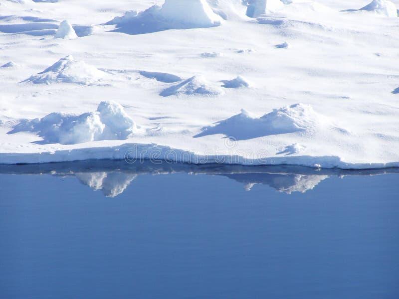 De rand van het ijs royalty-vrije stock foto's