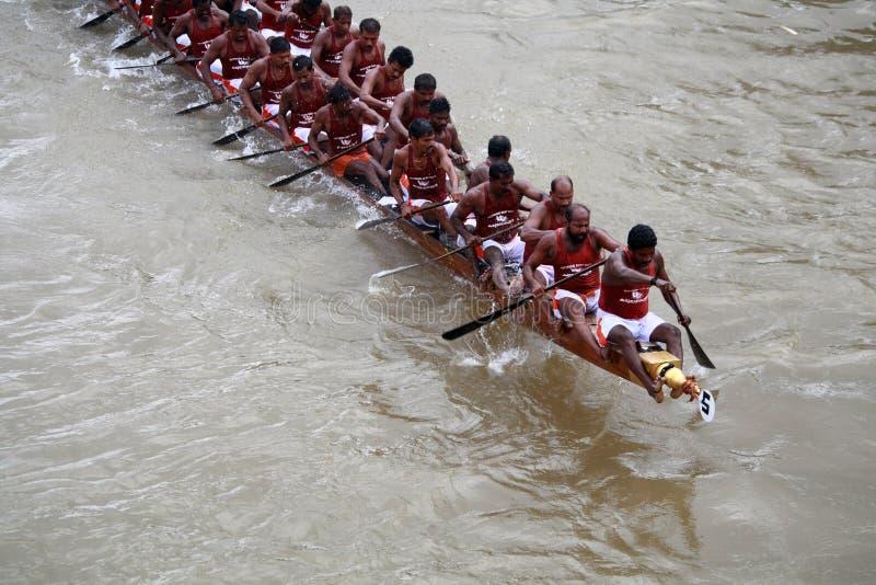 De rassen van de boot van Kerala stock foto