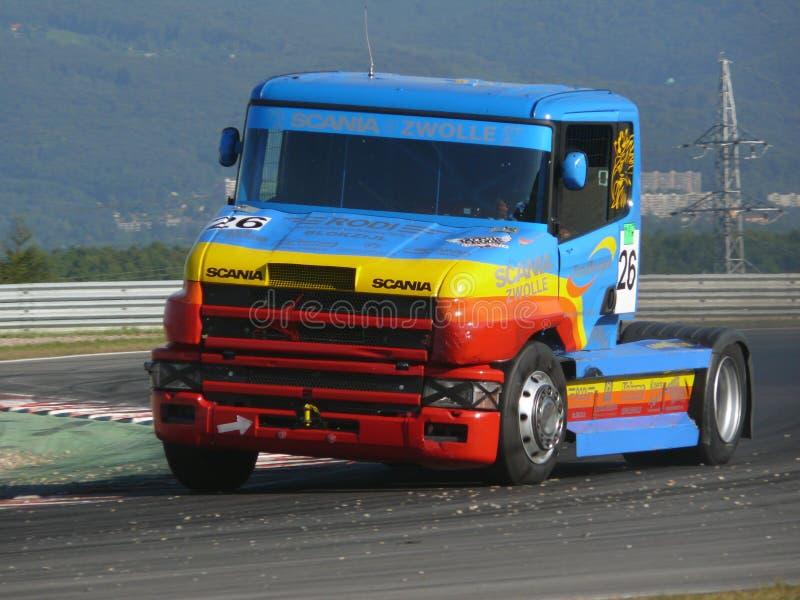 De rassen van de vrachtwagen stock afbeelding