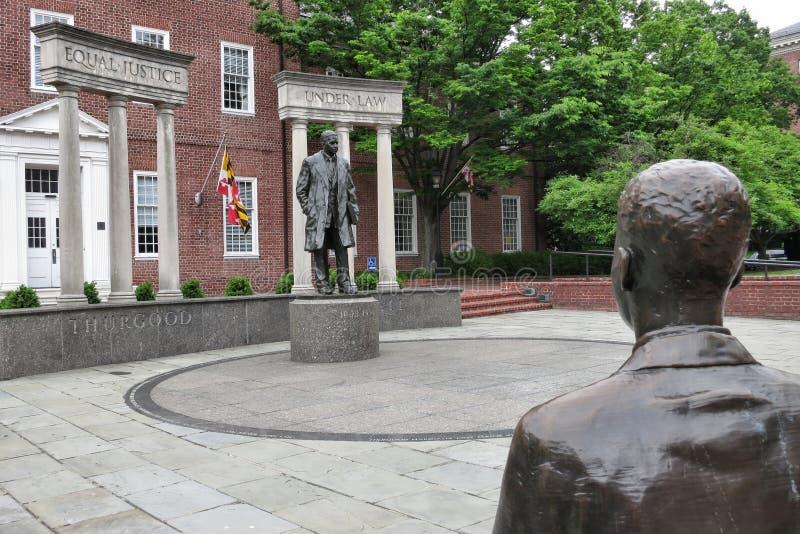 De Rechtvaardigheid Thurgood van het Hooggerechtshof van de V.S. stelt Standbeeld op stock foto