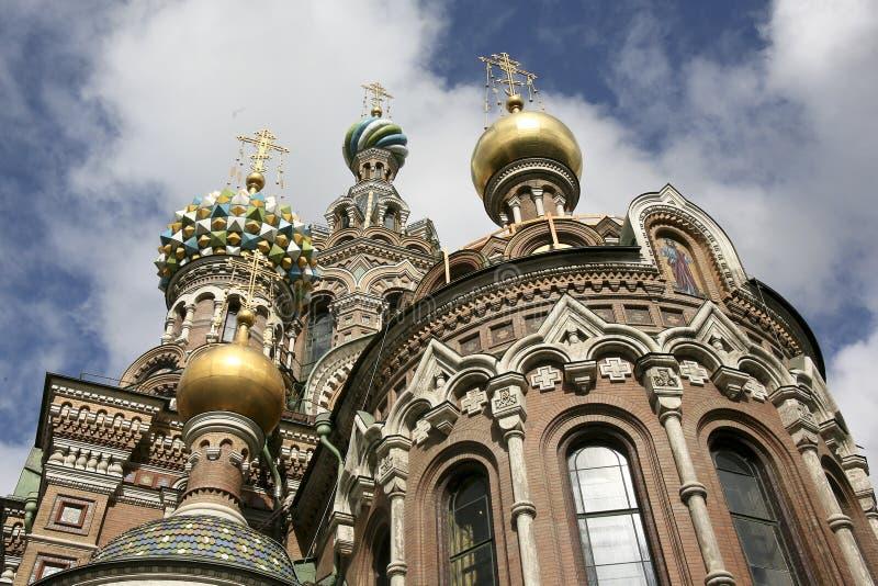 De redder van de kerk van het bloed St. Petersburg stock afbeeldingen