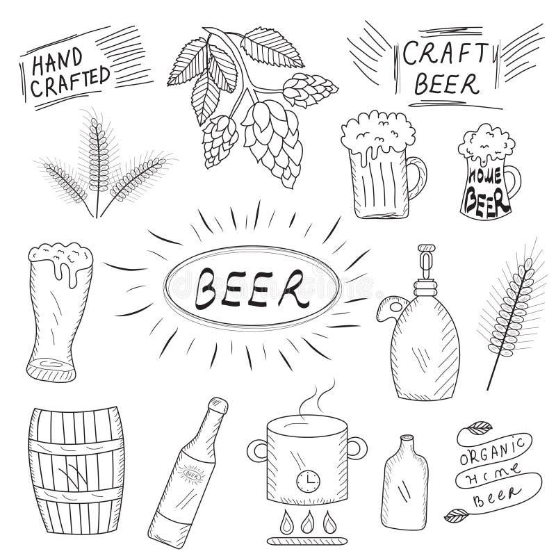 De reeks van hand getrokken schets van bier en huisbrouwerij Huis het brouwen, bewerkt bier Vector illustratie vector illustratie