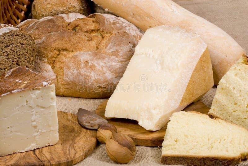 De Reeks van het brood (korrelbroden met kaas) royalty-vrije stock afbeeldingen