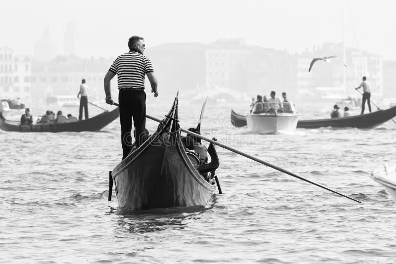 De reeks van Italië van Bella Gondels in Venetië Groot Kanaal Italië royalty-vrije stock foto
