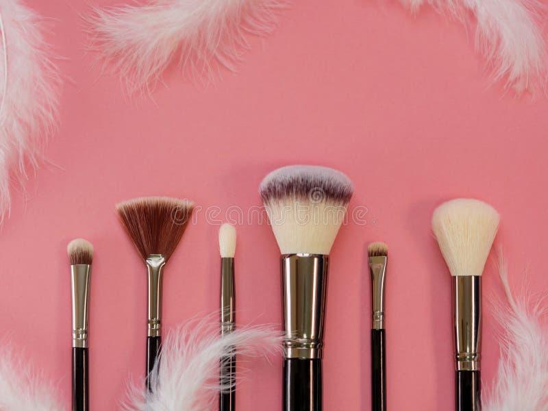De reeks van de make-upborstel, professionele make-uphulpmiddelen, Zachte en prettige borstel voor make-up royalty-vrije stock foto