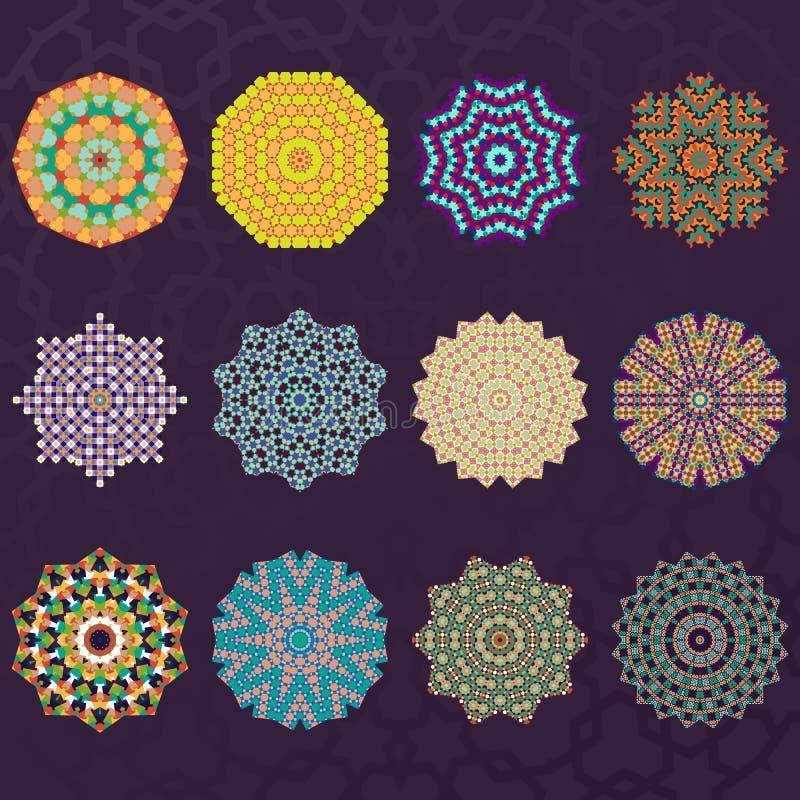 De reeks van Twaalf Ronde Geometrische Mandala caleidoscoop siert Cirkelselementen stock illustratie