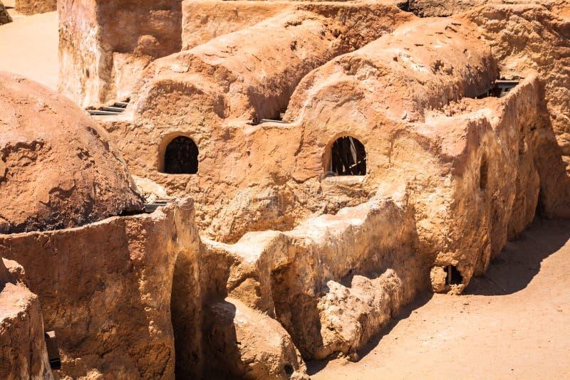 De reeks voor de Star Wars-film bevindt zich nog in de Tunesische woestijn stock fotografie