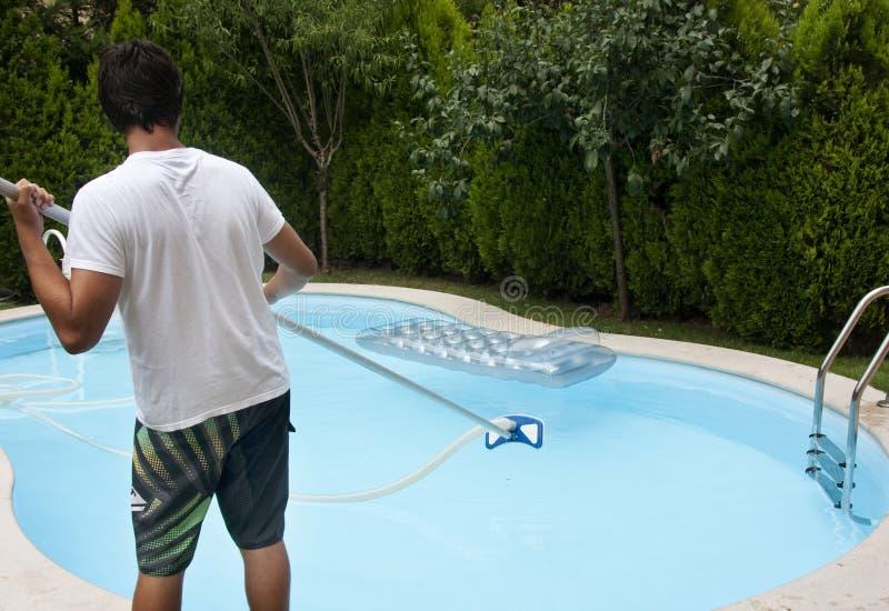 De reinigingsmachine van de pool stock afbeeldingen