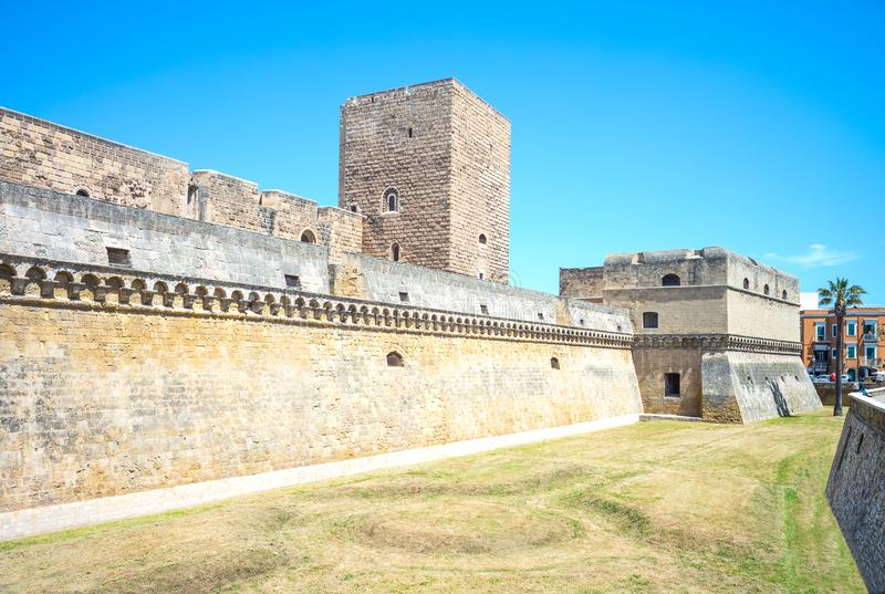 De religiösa byggnaderna av Bari arkivbild