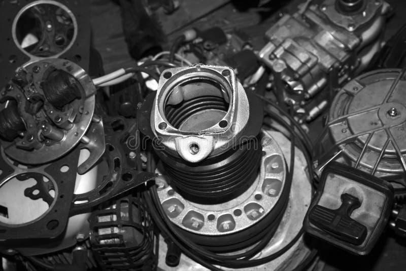 De reparatie van de bootmotor Sterndrives royalty-vrije stock afbeelding