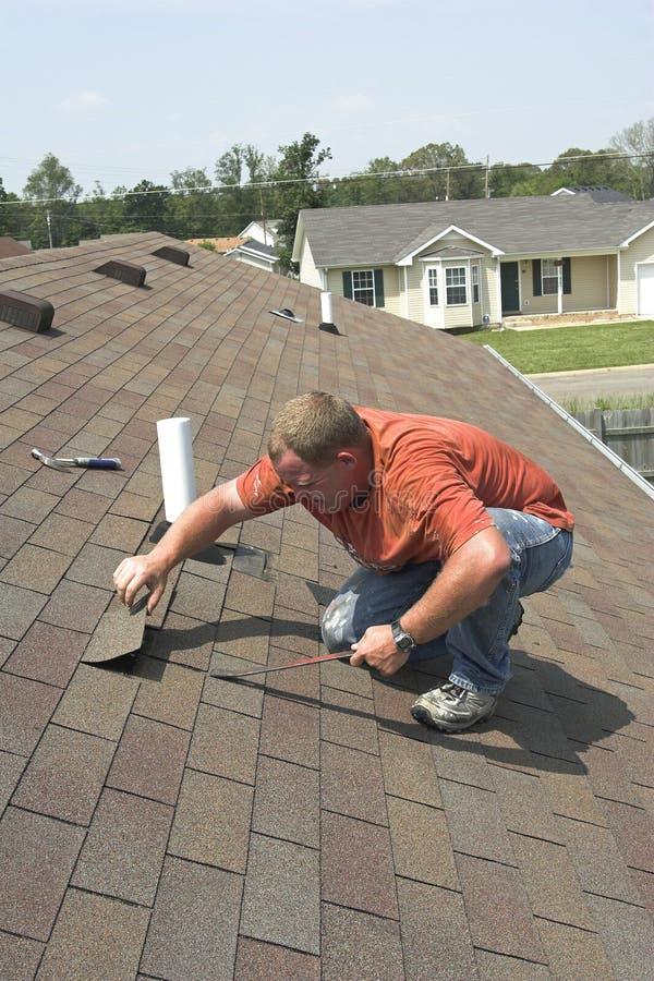 De reparatie van het dak royalty-vrije stock foto