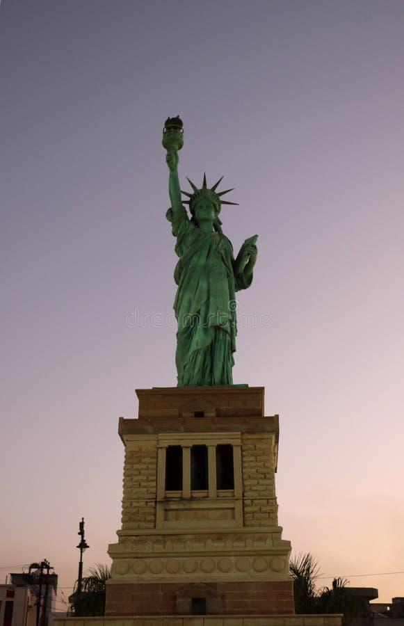 De replica van Standbeeld van Vrijheid royalty-vrije stock afbeeldingen