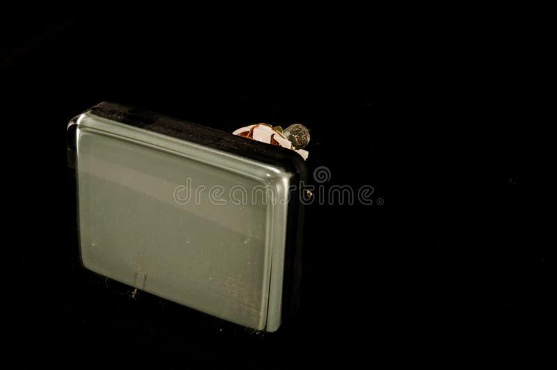 De retour du vieux tube de cathode de télévision d'isolement photographie stock libre de droits