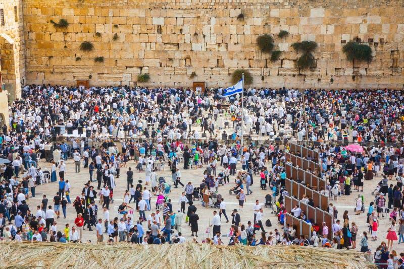 De reusachtige menigte van Joden royalty-vrije stock afbeeldingen