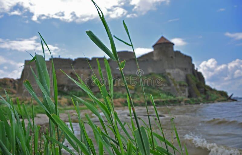 De reusachtige steenmuren van de oude Akkerman-vesting, belgorod-Dniester, het gebied van Odessa stock afbeelding