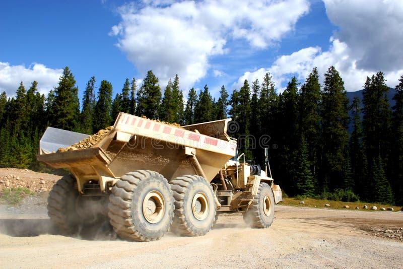De reuze Vrachtwagen van de Stortplaats royalty-vrije stock afbeelding
