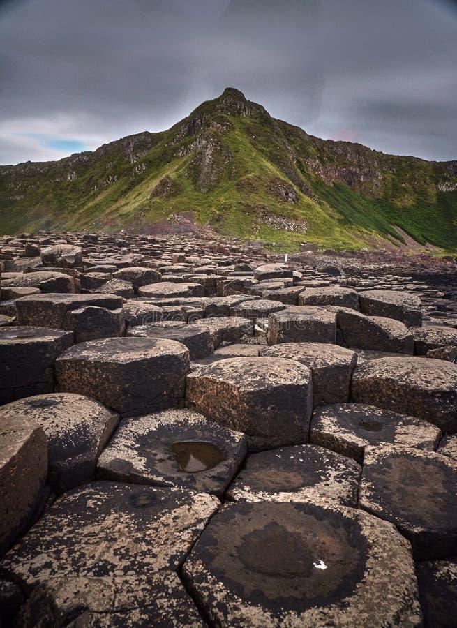 De reuzeverhoogde weg van ` s, Antrim, Noord-Ierland royalty-vrije stock foto