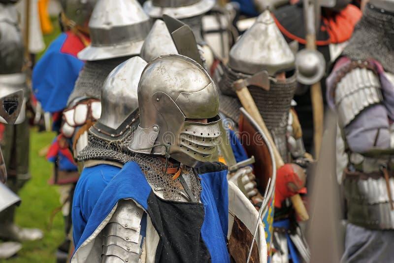De ridders vechten in de toernooien stock afbeelding
