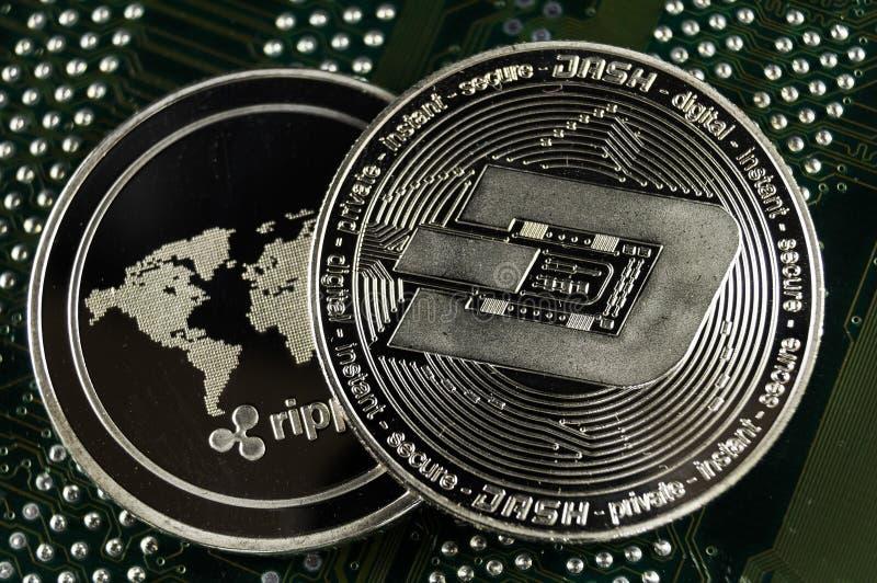 De rimpeling is een moderne manier van uitwisseling en deze crypto munt royalty-vrije stock afbeeldingen