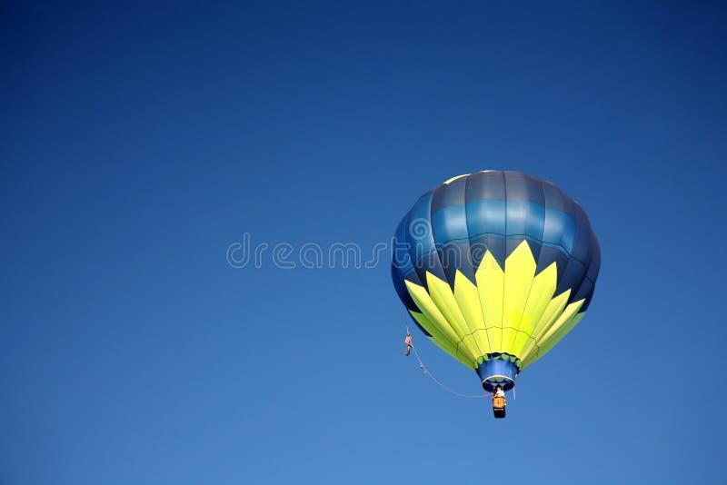 De Rit van de Ballon van de hete Lucht royalty-vrije stock afbeeldingen