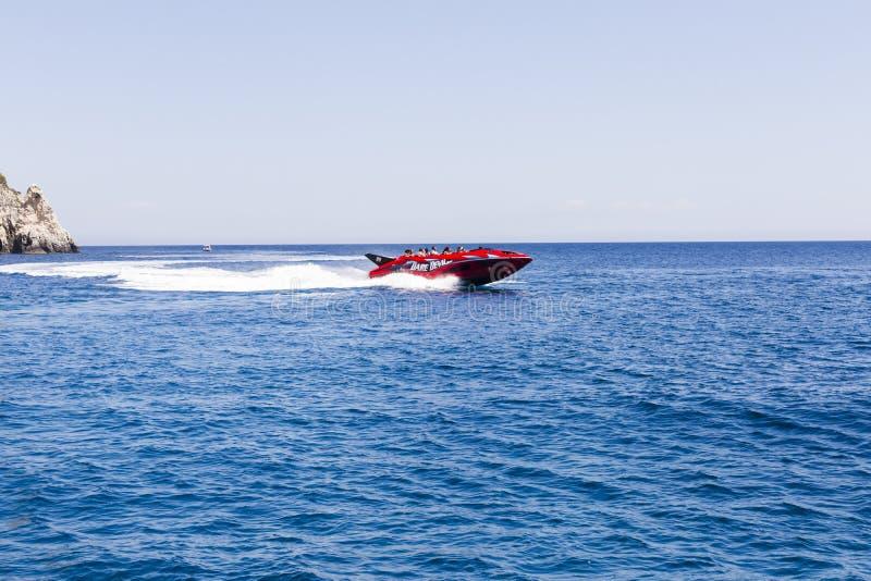 De rit van de hoge snelheidsboot stock foto