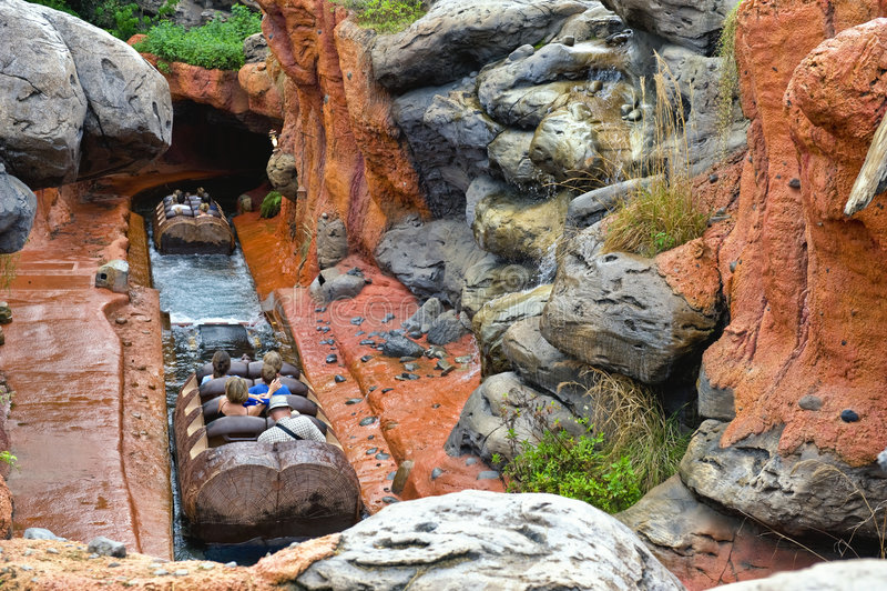 De Rit van het Water van het Pretpark stock fotografie