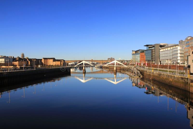 De rivier Clyde op een mooie ochtend stock afbeelding