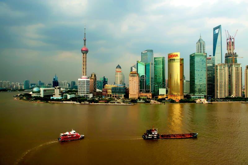 De rivier en Shanghai van Huangpu royalty-vrije stock foto's