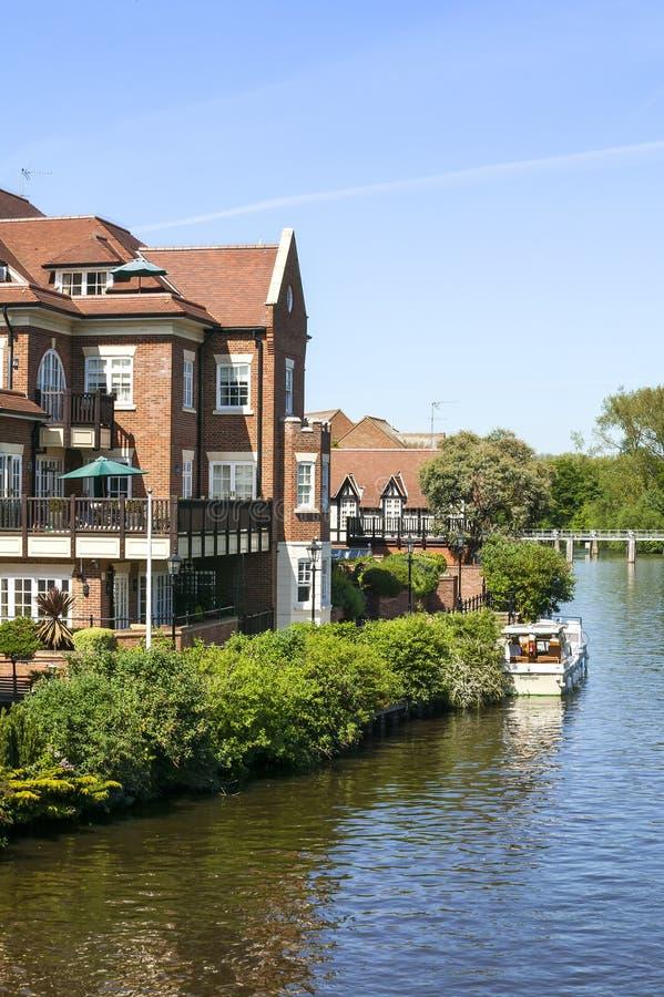De rivier Theems in Windsor stock afbeeldingen