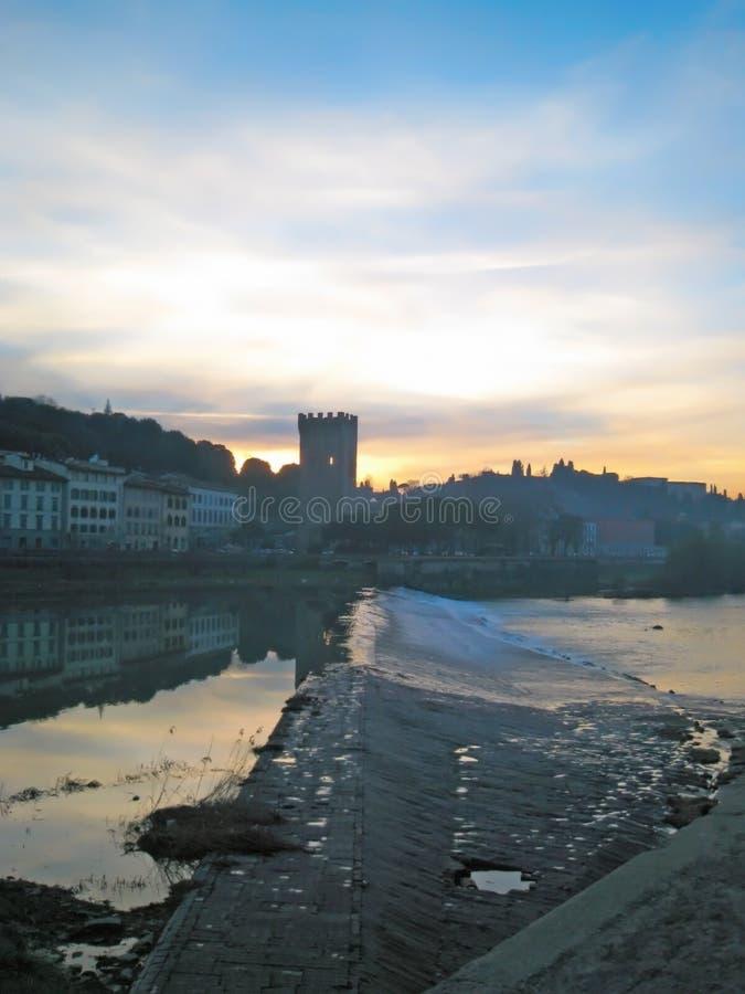De Rivier van Arno in Florence, Italië royalty-vrije stock foto's