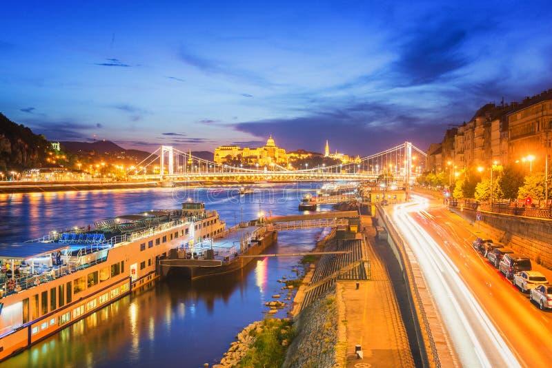 De Rivier van Boedapest Donau - Hongarije stock afbeelding