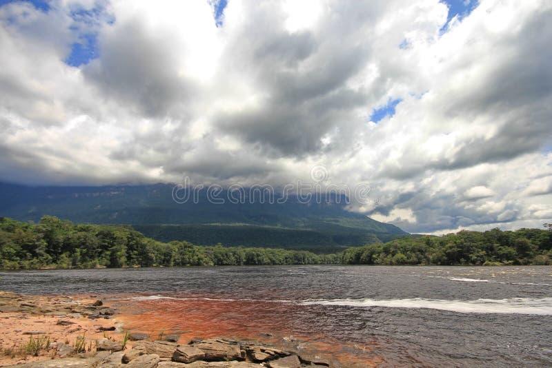 De Rivier van Carrao, Venezuela stock afbeelding