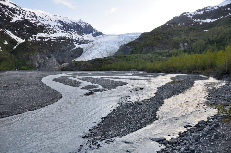 De Rivier van de verrijzenis en de Gletsjer van de Uitgang, Alaska stock foto