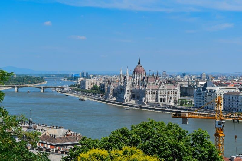 De Rivier van Donau in Boedapest stock afbeeldingen
