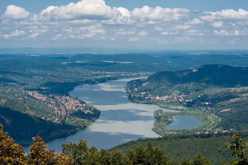 De rivier van Donau in Hongarije royalty-vrije stock foto's