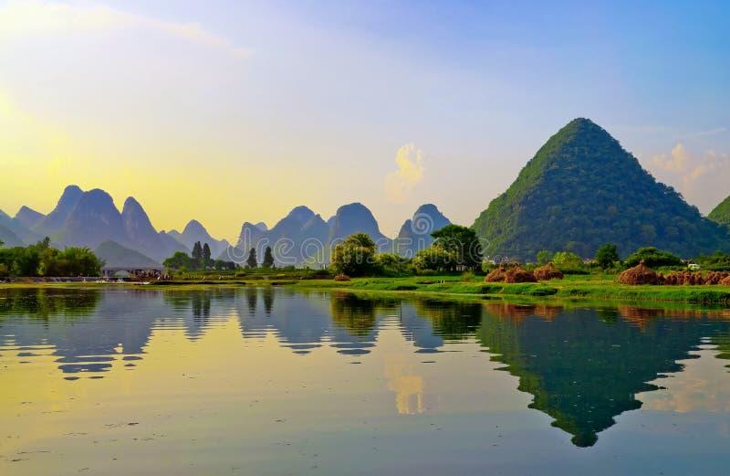 De Rivier van Li in Yangshuo stock foto's